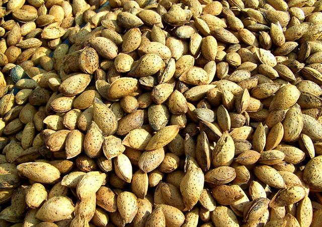 Almond and pistachio bombs