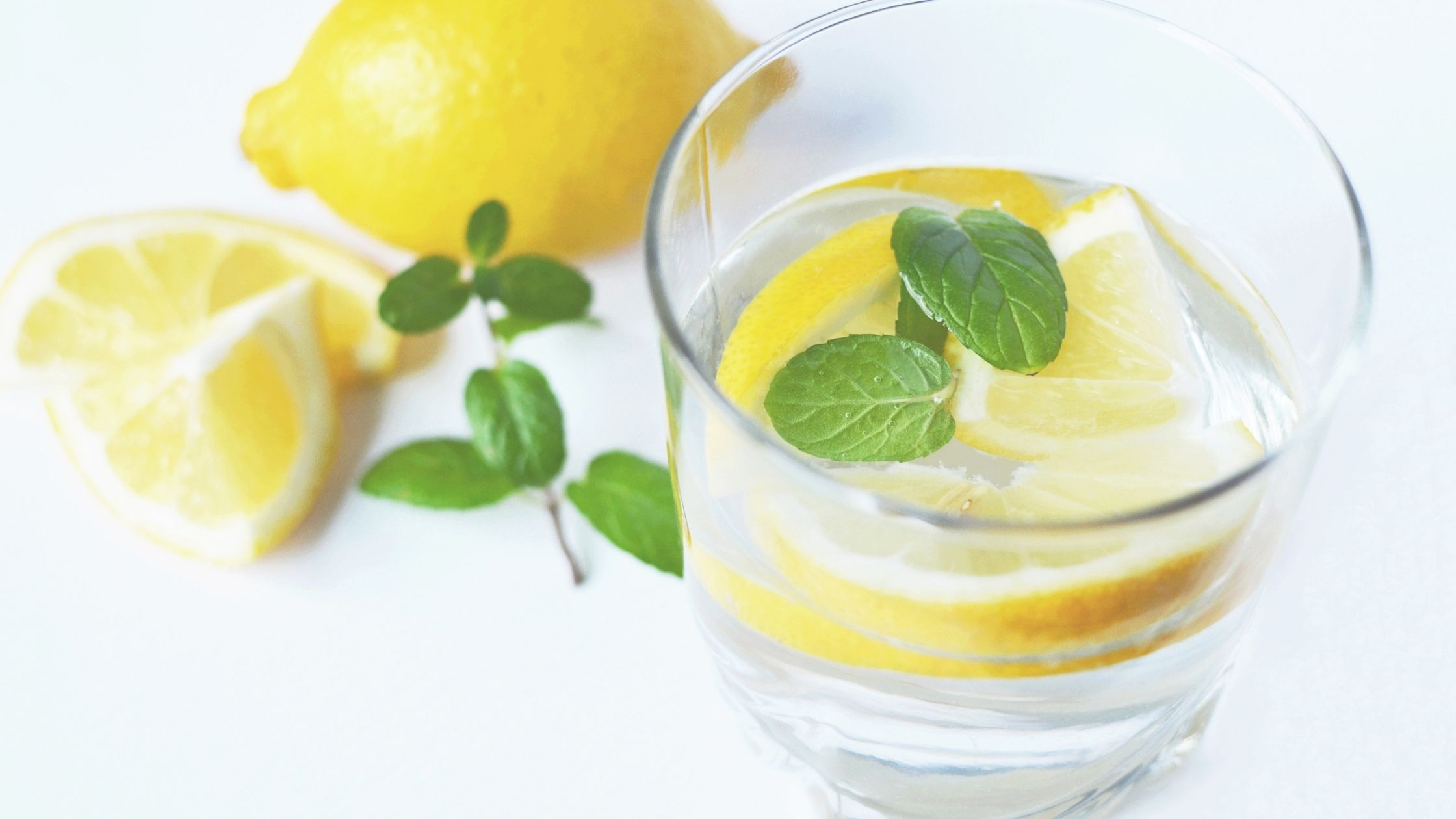 Benefits of Lemon Water on Keto Diet