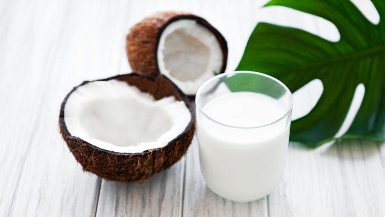 Is Coconut Milk Keto Friendly? (Beginners Guide)